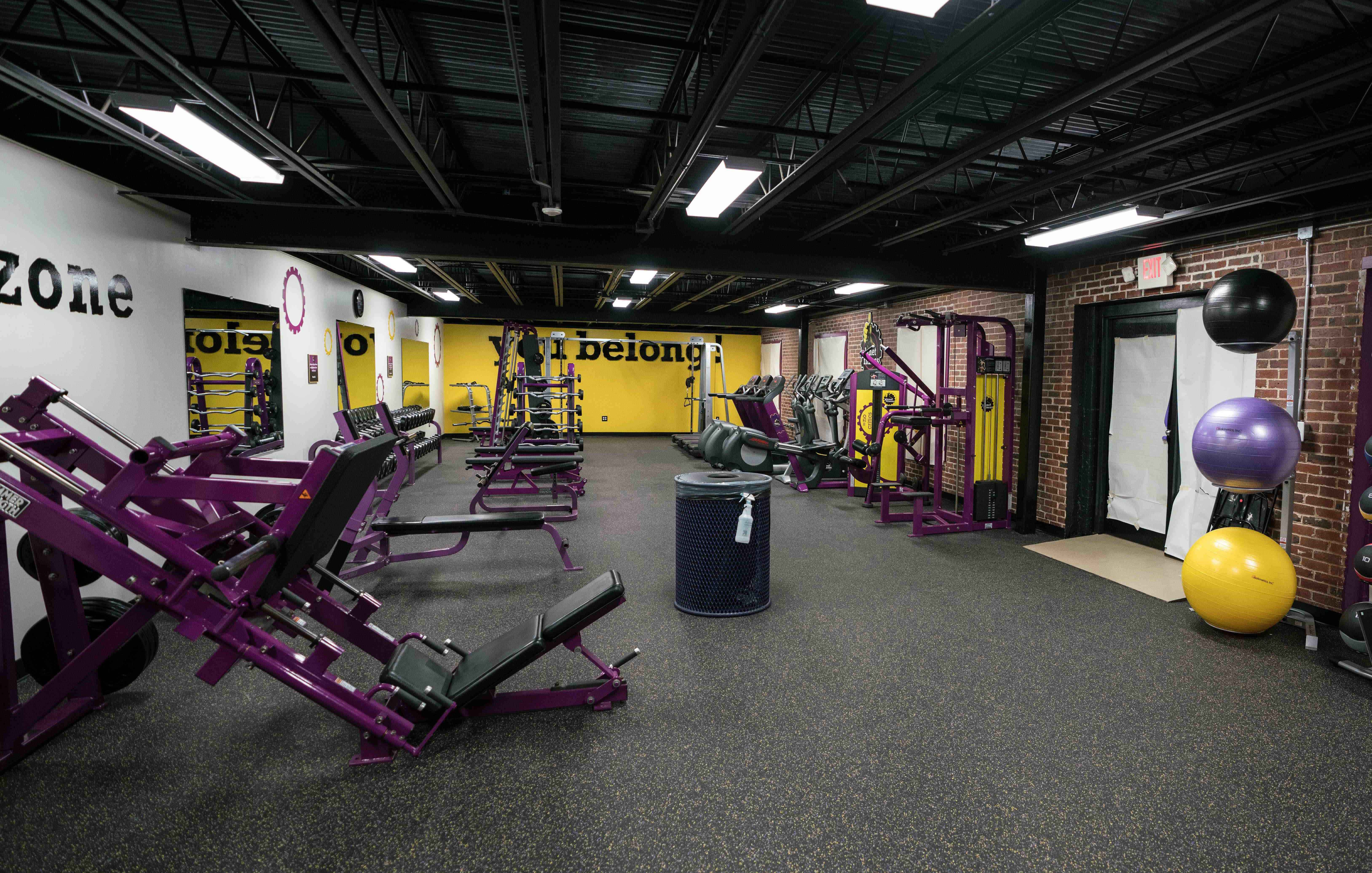 Local planet fitness donates workout space to boys & girls club