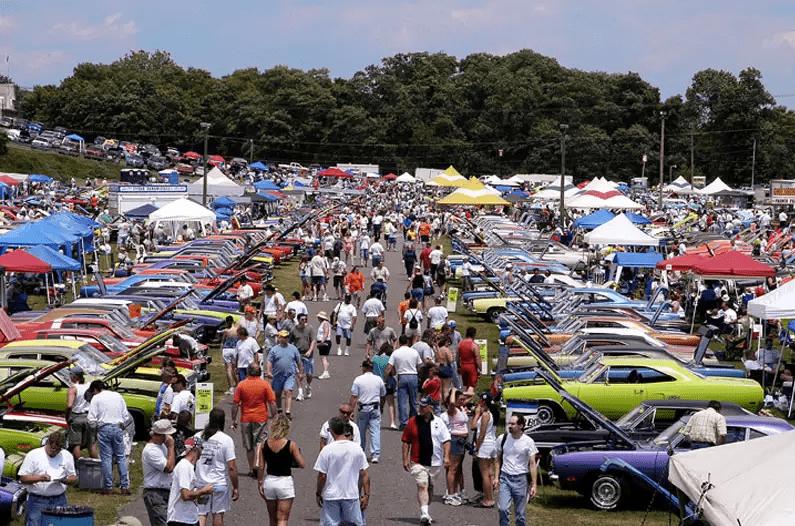 Car Swap Meet >> Fall Carlisle Harrisburg Magazine